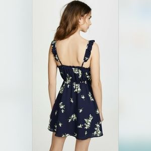 NWT Cupcakes and Cashmere Floral Lynette Dress